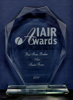 Broker Terbaik di Asia tahun 2012 dari IAIR Awards